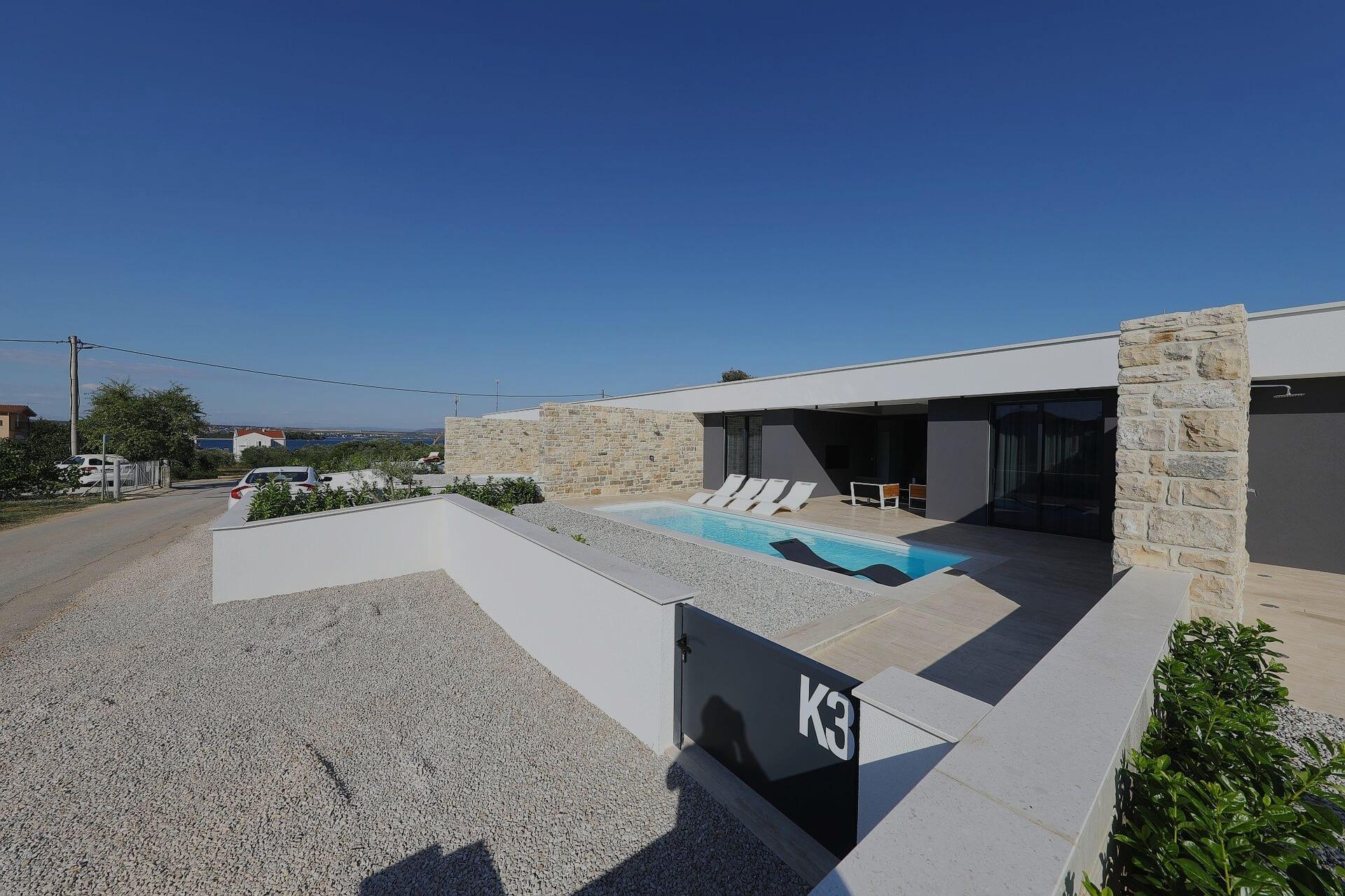 k3 villa pasman